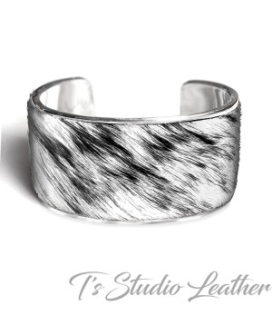 Hair-on Genuine Cowhide Leather Cuff Bracelet in Black and White Brindle